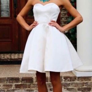 Sherri Hill size 0 cocktail dress in ivory.